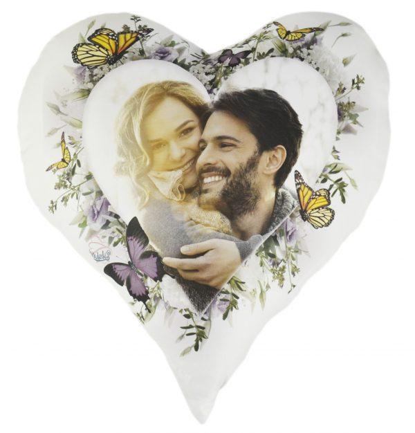 Cojín de Corazón Flores y Mariposas